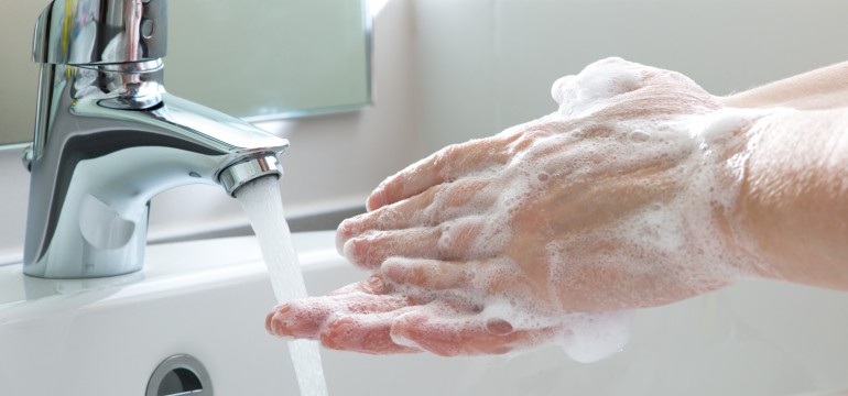 Infections-spread-by-not-washing-hands